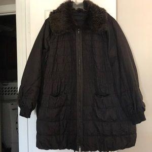 Elise Tahari puffer coat